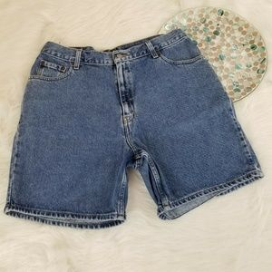Levis Mom Jean Shorts High Waist